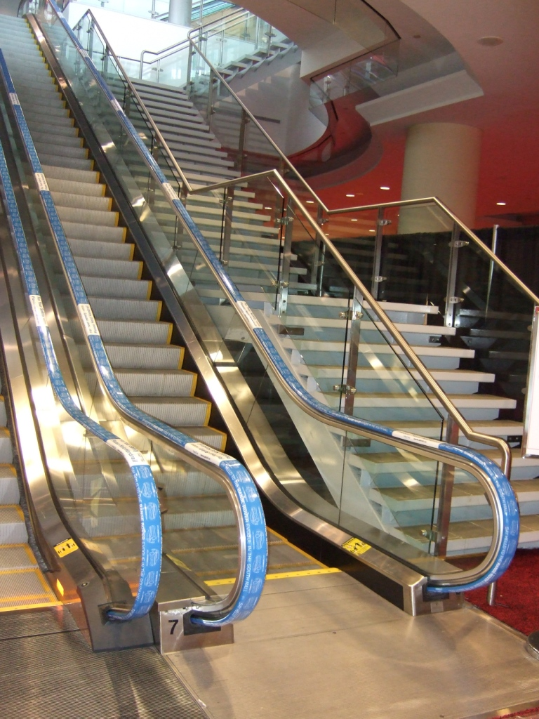 range_rover_escalators_at_mtcc-jpg