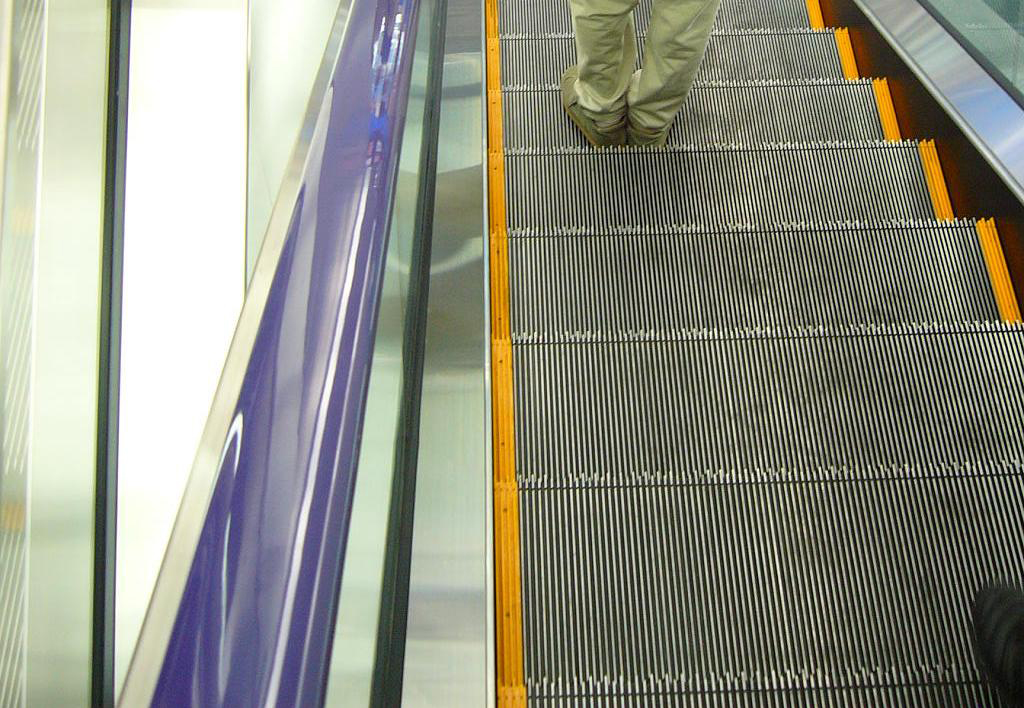 colourrail_yodobashi_camera_purple-jpg